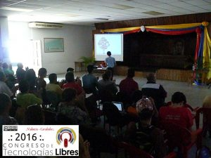"""Intervención de David Ragar en ponencia """"Cuando el software libre llego a mi vida""""."""