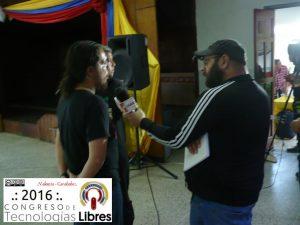 Entrevista a Oscar Zambrano por parte de los medios de comunicación.