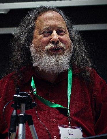 Dr. Richard Stallman en «LibrePlanet 2019» (foto: Ruben Rodríguez https://commons.wikimedia.org/wiki/File:Richard_Stallman_at_LibrePlanet_2019.jpg )